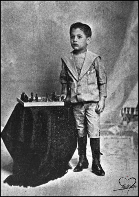 Capablanca as a toddler, 1898.  La Habana
